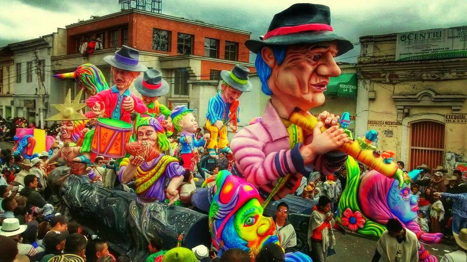 Taking Photos Art Carnavales2014 Enjoying Life