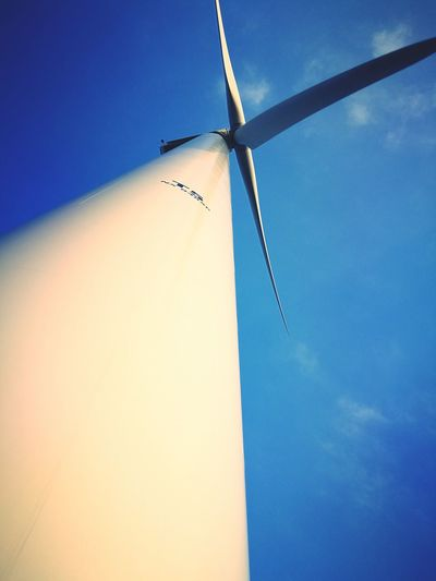Blue Sky Low Angle View Clear Sky No People Outdoors Day Agriculture Vapor Trail Nature Close-up Tranquil Scene Clear Sky Sunlight War Memorial WindGenerator Wind Farm Tranquility Renewable Energy Technology The Great Outdoors - 2017 EyeEm Awards