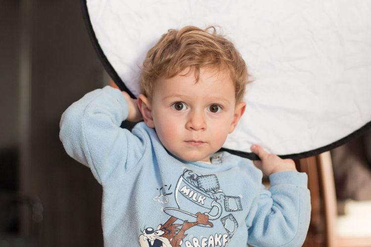 Boys Childhood Cute Fun With Gear Helpers Innocence Mastering Light Mastering Photography Portrait Reflector The Portraitist - 2017 EyeEm Awards