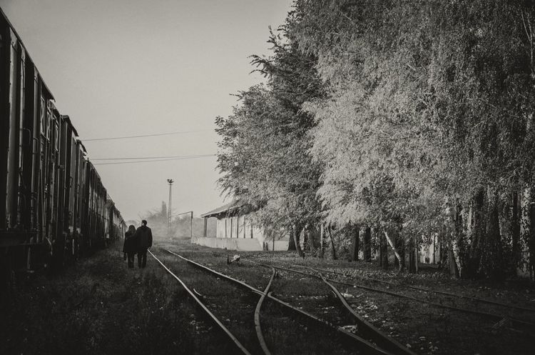 Autumn Day B&w Photography Happy Life Love ♥ Outdoors Romance Together Together Forever Togetherness Train Trainphotography Trains Yougurt
