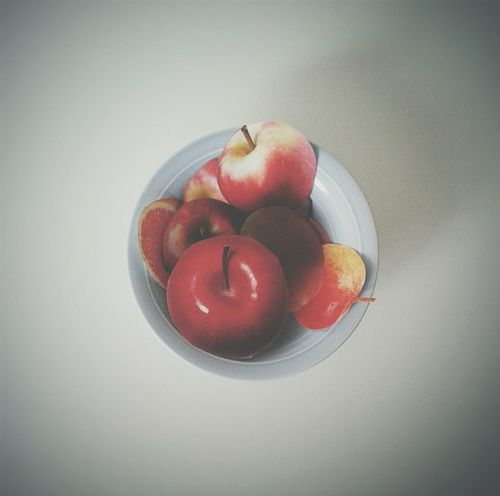 Paper View Fruit EyeEm Best Edits Minimalism feel better. Live better. Eat better ( maybe not paper apples... ;) )