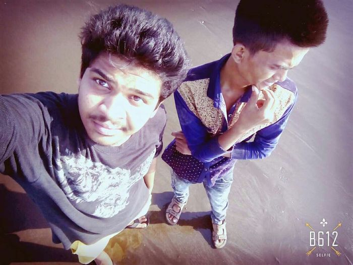 This Guy I Dont Know Why I Laughed EVERYTIME I Saw Him i think its bcoz of His Funny Hairstyle Bestfriends <3 on beach