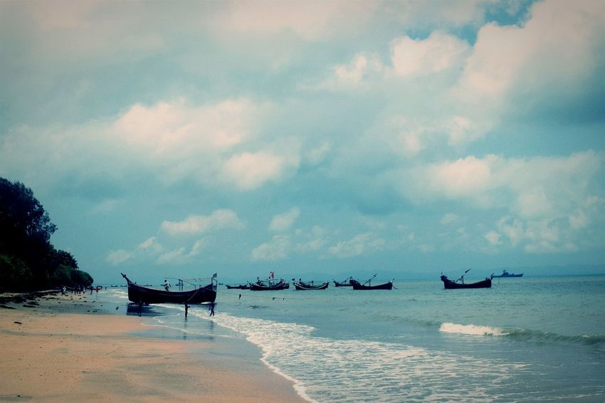 Sea Cloud - Sky Beach Horizon Over Water Water Day Nature Outdoors Sand Nautical Vessel Tranquility Sky No People Saintmartinisland Bangladesh Travel Live For The Story The Great Outdoors - 2017 EyeEm Awards
