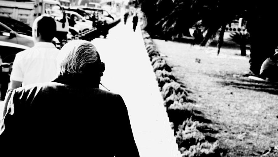 Open Edit The Street Photographer - 2015 EyeEm Awards The Moment - 2015 EyeEm Awards Finding The Next Vivian Maier Streetphotography Old Man Blackandwhite Photography The Fashionist - 2015 EyeEm Awards Face EyeZoom