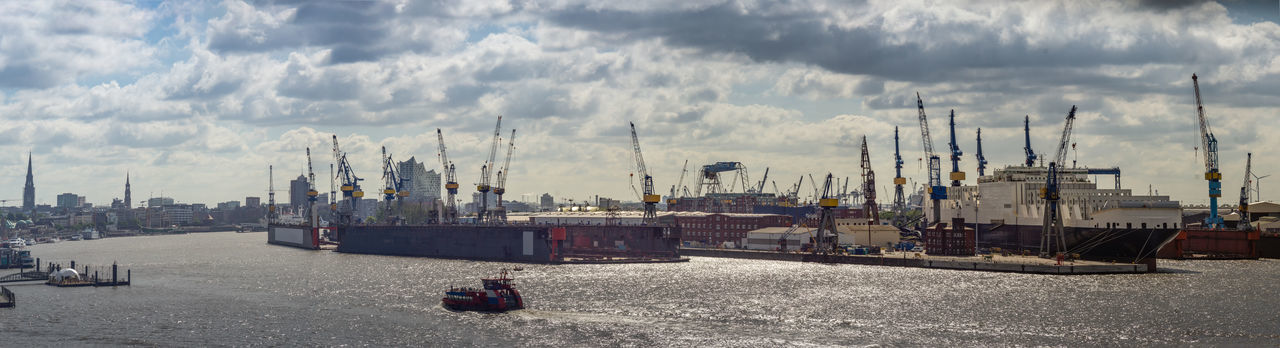 Container Ship Elbe Philharmonic Hall Elbe River Elbe Ferry Elphi Hamburg Industry Panorama Panoramic Panoramic View Cranes And Construction Dock Elbe Elbphilharmonie Hh Panorama View Panoramic Photography Repair Dock Shpping Vessel