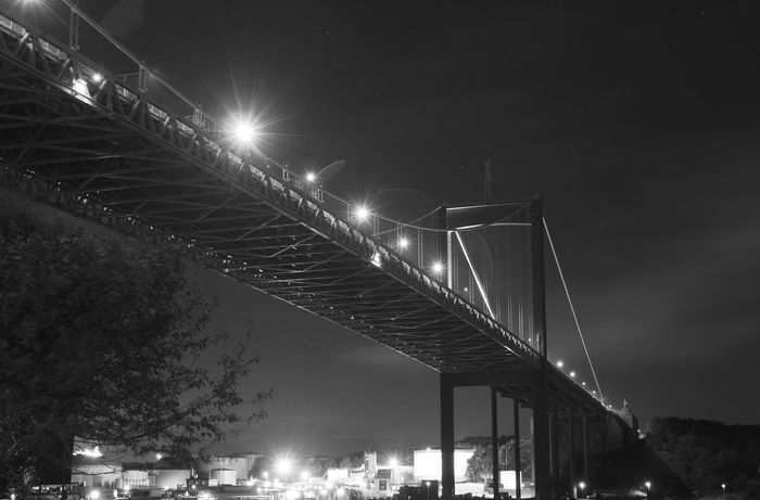 Götaälvsbron Bro Bridge Nightphotography Night Lights Long Exposure Afterlight Canonphotography Gothenburg Sweden Rödasten