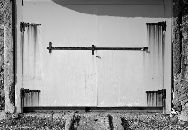 Abandoned Abandoned Buildings Black And White Photography Door Doors Doorway Hinges Old Rust Rusted Hinges