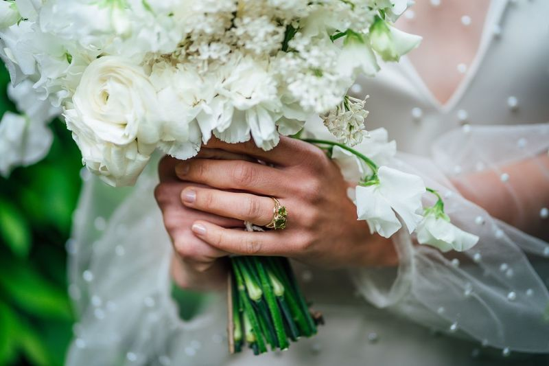 Wedding ring and wedding bouquet 2019 White Roses White Roses Emerald Human Hand Flower Hand Wedding Bouquet Flowering Plant Bride Newlywed Flower Arrangement Plant Ceremony Life Events Wedding Ceremony One Person Holding Women
