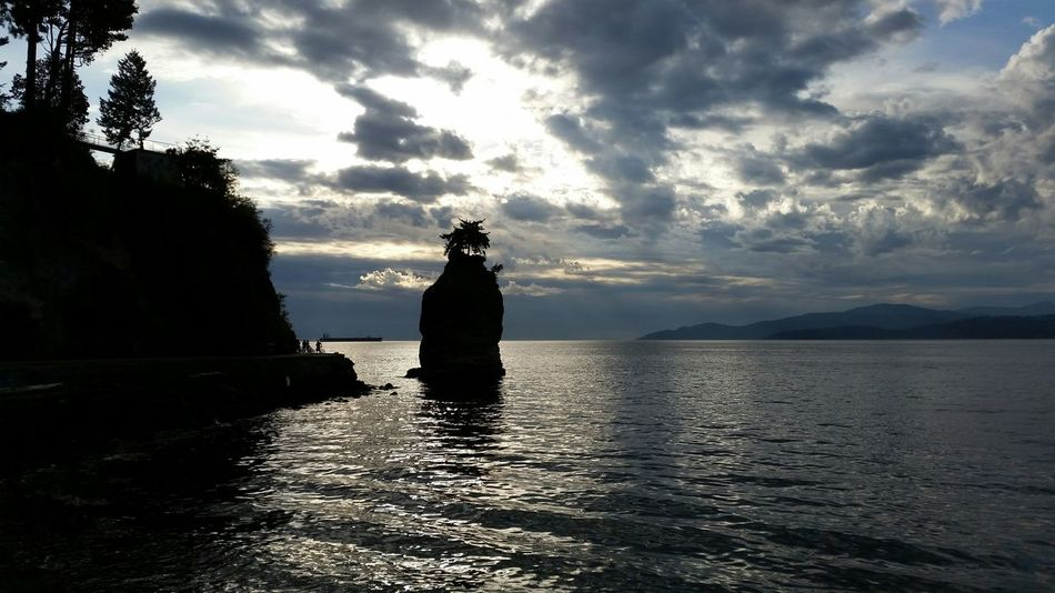 Rock ship's longing for sea travels. Reflections Stanley Park The Purist (no Edit, No Filter) Still Movement Horizons