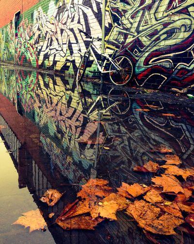 The eternal bike... Melbourne Graffiti