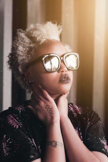 Beauty portrait Africa EyeEm Best Shots Thoughtful Sunglasses Photography Eyeglasses  Blond Hair Portrait Headshot Women Mid Adult Human Face Close-up Earring  Red Lipstick Posing