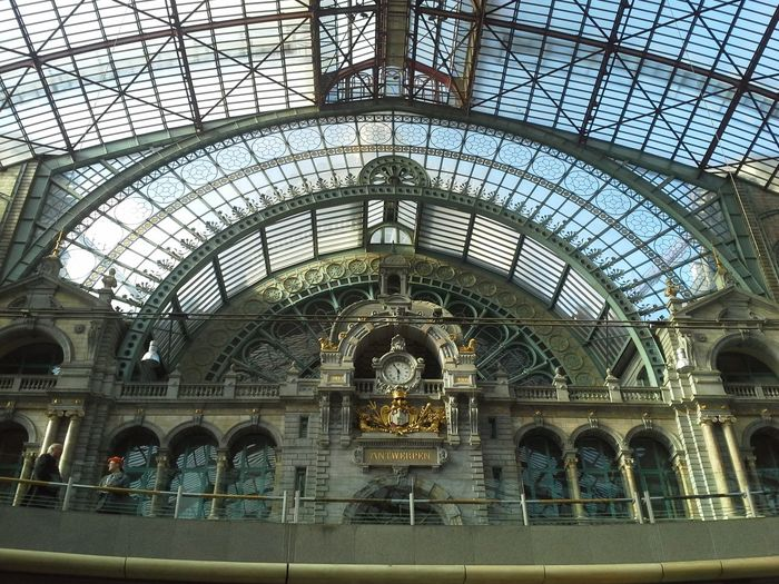 Antwerp Centraale Station, Belgium. Absolutely breathtakingly beautiful! Thank you, Jesus for showing me all these beautiful places! All glory goes to God, and His amazing blessings and will for our lives! No Edit/no Filter The Minimals (less Edit Juxt Photography) Thank You Jesus  The Explorer - 2014 EyeEm Awards Train Stations Antwerpener Antwerpen Station Antwerpencentraalstation Antwerpcentralstation Antwerp Architecture Antwerp Belgium Antwerp Central Station Antwerpen Centraal Antwerpen, Belgium Antwerp Belgian Life Architecture Train Station Architecture Train Station Train Station Of Belgium