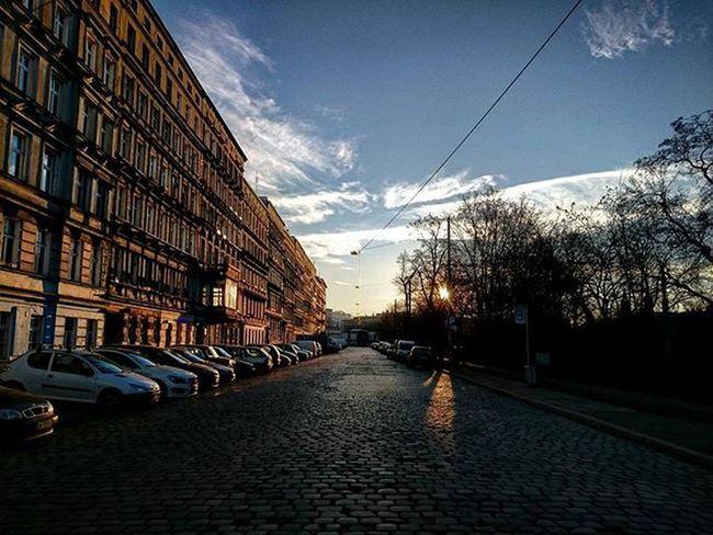 Wroclaw Igerswroclaw Nadodrze Dworzecnadodrze Ulica Budynek Miasto Spokój Mikołajki 6grudnia Niebo Zachod Igerspoland Street Empty 6December City Bluesky Sunset