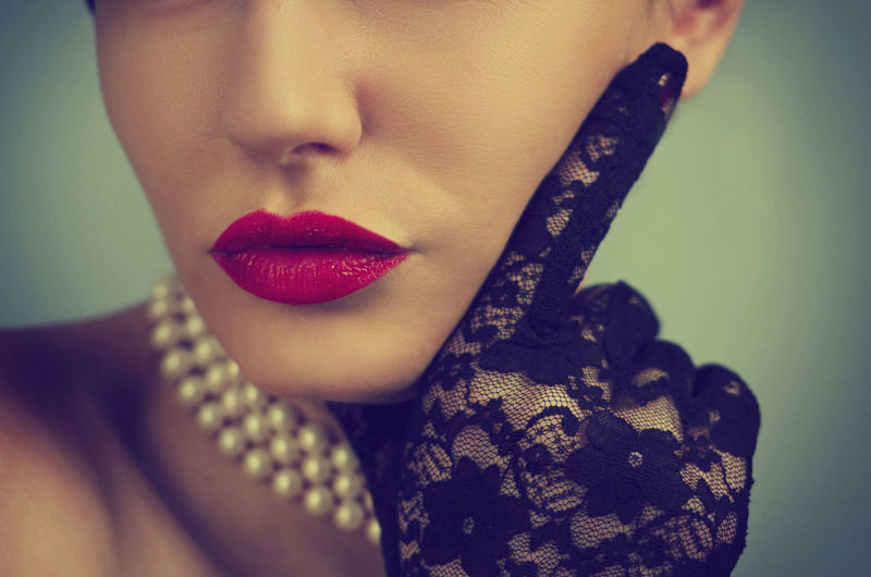 Elegant female portrait in retro style Lipstick Women Make-up Fashion Midsection Human Lips Red Lipstick Pearls Jewelry Gloves Lace Vintage Style Vintage Retro Filter Lady Sexygirl Retro Styled Style Glamour Beauty Closeup Makeup Boudior Body Part