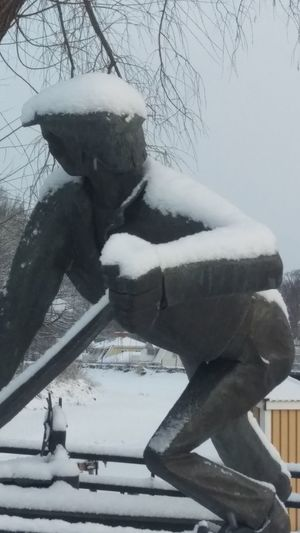It's Cold Outside Bronze Statue Garden Söderköping Winter Wintertime Cold Sweden Scandia Scandinavia Snow Covered