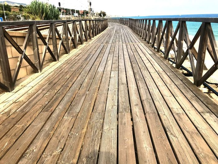 Puente Madera Paseo Pasadizo Bridge The Way Forward Railing Connection Direction Bridge - Man Made Structure Architecture Diminishing Perspective Nature Day Sunlight No People Outdoors Wood - Material
