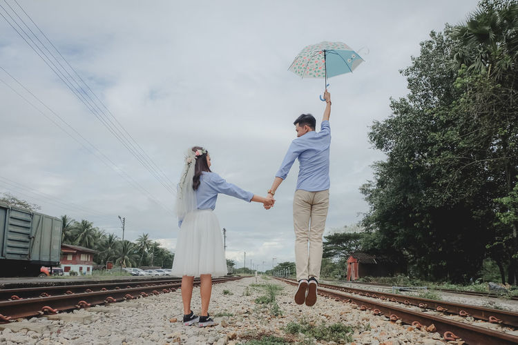 wedding Two People Real People Men Love Adult Women Couple - Relationship Bonding Standing Togetherness Full Length Emotion Lifestyles Tree Sky Nature Leisure Activity Wedding Wedding Photography