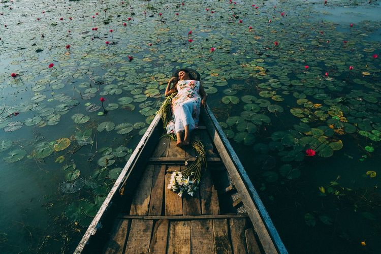 Chhobi in wonderland :P Floating On Water Girl Green Green Color Light Outdoors People And Places Relaxation Standing Water Tranquil Scene Tranquility Water Women Women Around The World
