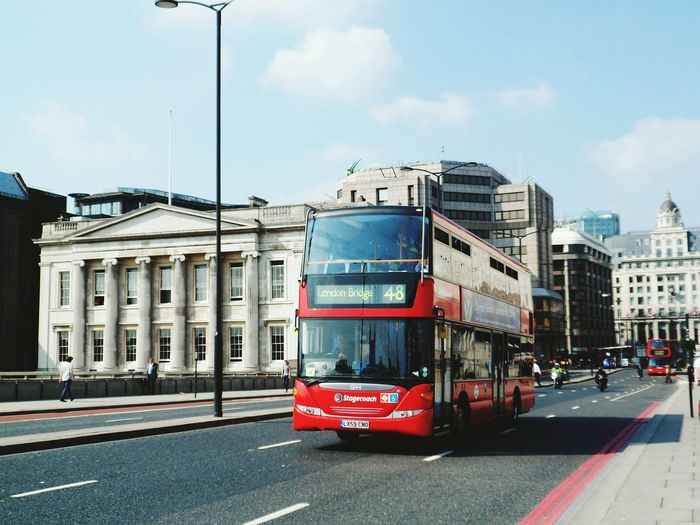 A London Bridge bus on London Bridge! Hello World Outdoor Photography Outside Outdoors Popular Photos Travel Travelling Travel Photography City Buses London Buses Public Transportation Transportation Architecture United Kingdom Transport Seeing The Sights Roadside International Landmark Famous Place Travel Destinations Capital City Capital Cities  Connection Incidental People