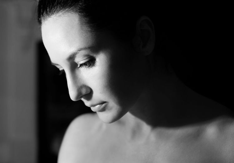 Beautiful Moments Natural Natural Beauty Profile Raw Real Woman Adult Beautiful Woman Beauty Blackandwhite Brunette Close-up Headshot Indoors  Light And Shadow No Makeup One Person One Young Woman Only People Portrait Real People Young Adult Young Women