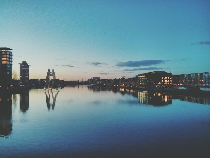 berlin berlin berlin (: EyeEm Best Shots - Reflections Cityscapes Ampt - Reflections Reflected Glory