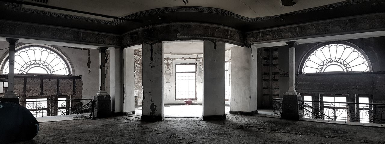 Abandoned Cinema Apollo In Tbilisi Architectural Column Abandoned Buildings Abandoned Places Abandoned Interior Indoors  Window Architecture Built Structure Day No People