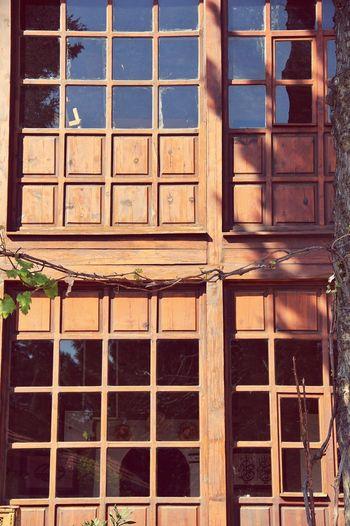 Streetphotography Urbangeometry Cityscapes Ontheroad EyeEmBestPics Eye Em Best Shots Doorsandwindows Windows Doors Oldhouse