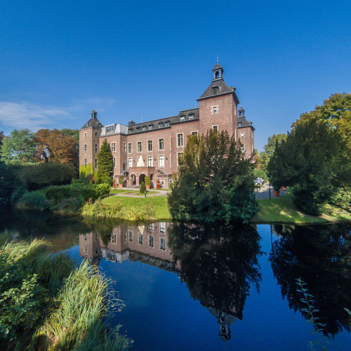 Schloss Neersen NRW Northrhine Westphalia Schloss Neersen Architecture Building Exterior Water Wedding Location Willich