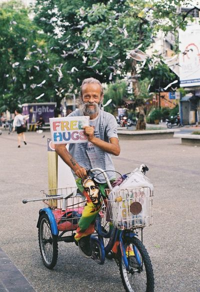 """Free hugs"" Film Photography Film Kodak Colorplus200 Chiang Mai 