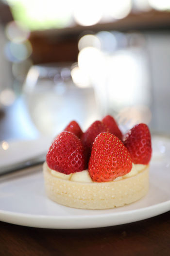 Berry Fruit Food And Drink Food Strawberry Freshness Sweet Food Indulgence Sweet Fruit Plate Table Focus On Foreground Dessert Indoors  Red Still Life Close-up Healthy Eating Ready-to-eat Temptation No People Crockery Tart - Dessert