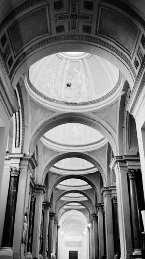 Light. B&W. Dome. Cupola. Inside. Cathedral of Palermo. Palermo, Sicily, Italy. Blackandwhite Black And White Sony Sonyalpha Sony A6000 Cathedral Sicily Palermo Palermo Cathedral Light And Shadow Cathedral Palermo Italy Photographer Archs Photography Architectural Column Dome History Arch Place Of Worship Ceiling Architecture Built Structure Architectural Design Cupola Architecture And Art Architectural Feature Architectural Detail Interior Arched