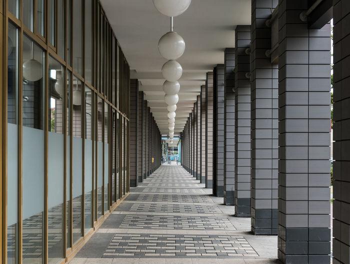 Columns at empty corridor