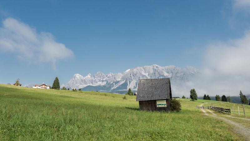 Berg Blau Dachstein Dunst Grün Himmel Landschaft Morgen Natur Schuppen Steiermark Tag Wandern Weide Weiss Wiese  Österreich