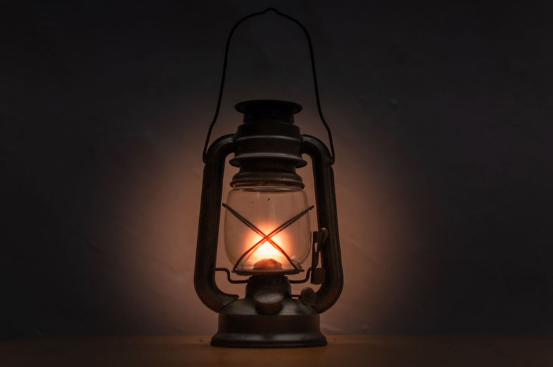 Old Memory A New Perspective On Life Filament Oil Lamp Illuminated Technology Lantern Light Bulb Electricity  Inspiration Flame Old-fashioned Candle Darkroom Energy Efficient Darkroom Burning Wax Fire - Natural Phenomenon Fire Pit Candlelight Diya - Oil Lamp Lit