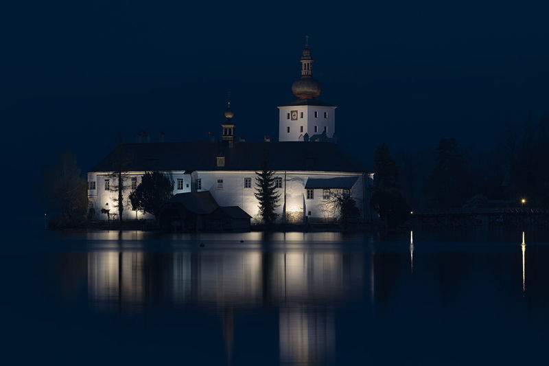 Schloss Ort Salzkammergut Traunsee Nachtfotografie Nachtaufnahme Building Exterior Architecture Built Structure Water Reflection Night Building Illuminated Sky Waterfront No People Nature Lake Tower Travel Destinations Outdoors Travel Clear Sky Place Of Worship Spire
