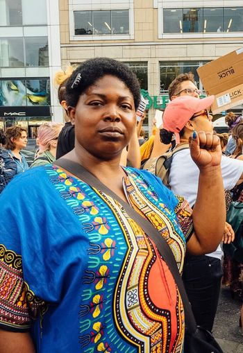 Resist Blm Protest Peaceful Rally Union Square Park Streetphotography Documentary Photography Black Lady Dashiki Color Portrait Olympus Pen-f Real People Outdoors People Black Lives Matter NYC Street Photography Everybodystreet ICP The Photojournalist - 2017 EyeEm Awards