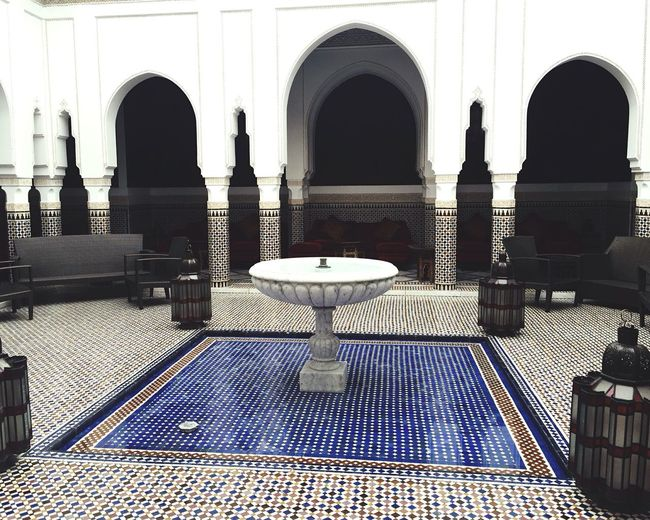 Those maroccan patterns .. Arch Arched Architectural Column Column White Pattern Pattern, Texture, Shape And Form Maroccan Pattern Maroccan Style Maroccan Touch Architecture Built Structure Marocco Marrakech Pattern EyeEm Gallery Maroccan Palace