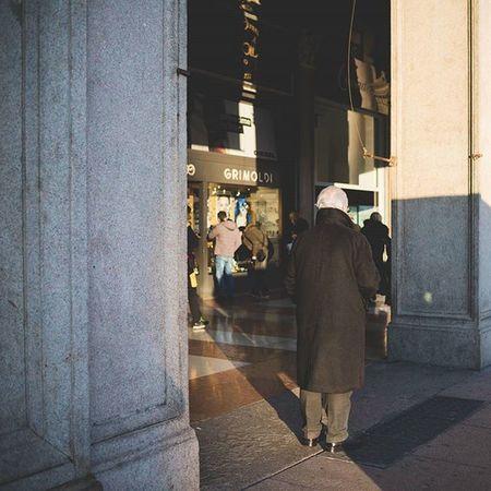 Milano - yesterday afternoon - Piazza Duomo Lightroom Livefolk Vscoaward Liveauthentic Creativecloud Travelmore Thisisitaly Exploring_the_earth Lightlovers Visualauthority Shotaward Passionpassport Editoftheday Igersmilano Photooftheday Everydayeverywhere Exploreeverthing Everydayinpics Milano Superhubs Explorethecreative Instamagazine_ Visualsoflife Premiumposts Thecoolmagazine ig_gods vscofilm vscocommons instagood artofvisuals