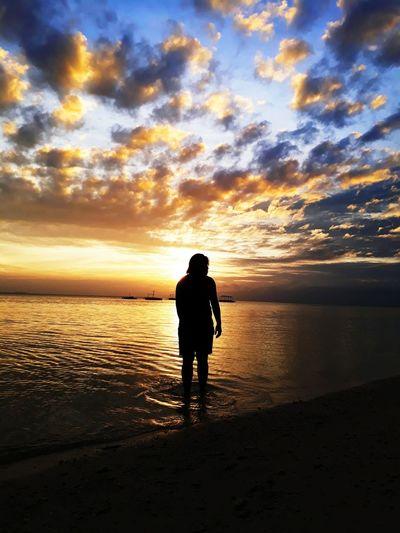Sunset shadow Sunset Silhouette Sky Water Cloud - Sky Summer Sommergefühle Beach Sea Wanderlust Neverstopexploring  Getoutside