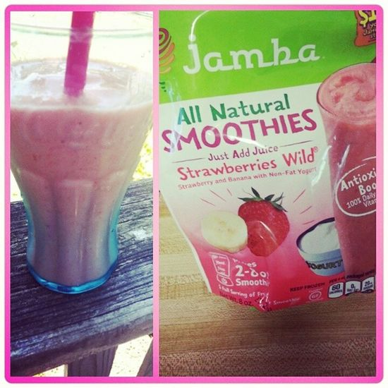 Got a free coupon to try Jambajuice Smooties from Influenster man, this stuff is good... SurfsUpVoxBox