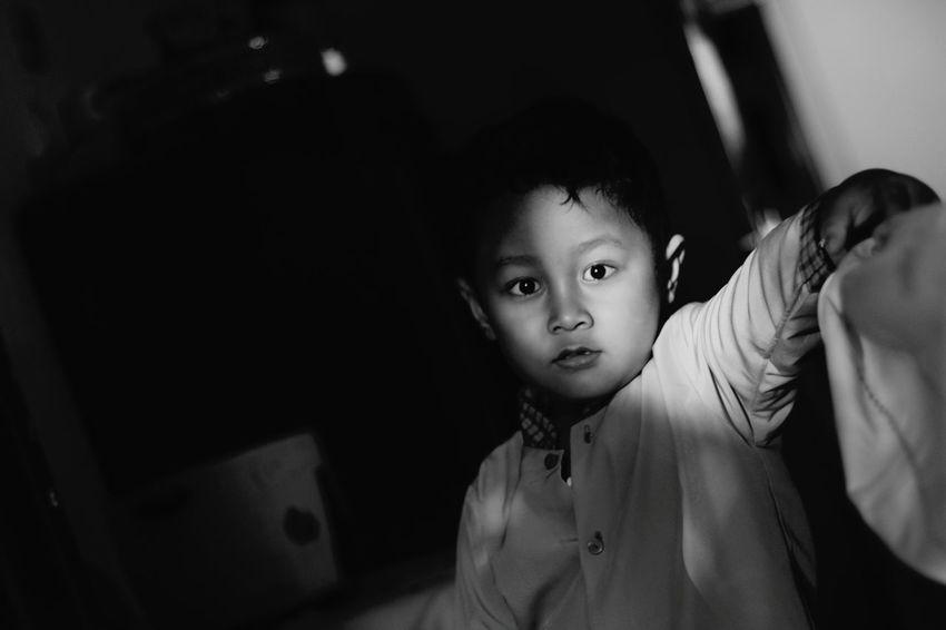 Blackandwhite Myson Children's Portraits Indonesian Street (Mobile) Photographie Surabaya Eyeem Indonesia Indonesia_photography Blitarianphotoclub Blitar Wlingi Anakku Tukangjepret Mainmatafoto Imagineandcapture