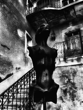 muesum h.r. giger Switzerland Dark Art Kunstmuseum