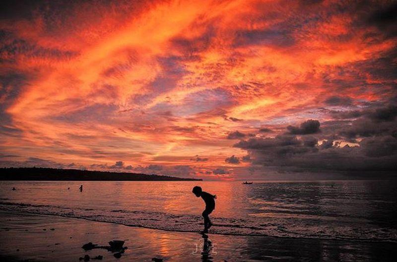 Sunset at Jimbaran Beach, Bali. BEACHPLEASE Beach Bali Jimbaran Travel Nikon Nikonsg Balidaily Sunset