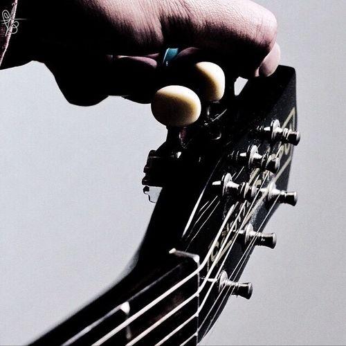 指 手 楽器 Guitar ギター シック ブリーチバイパス BLEACHbypass 銀残し 手首