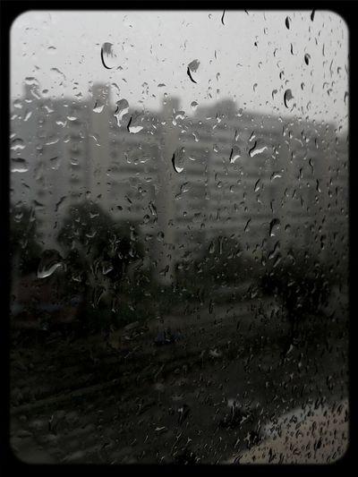 Raindrops on my window... Taking Photos