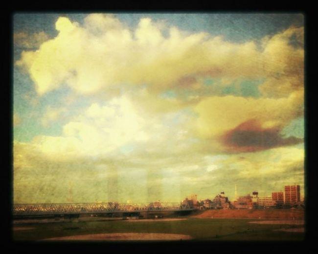 Sky_collection EyeEm Nature Lover EyeEmbestshots Blue Sky Sky_ Collection Sky Collection 六郷土手を京浜東北線の車窓から