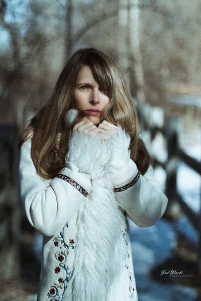 Long Hair Young Adult One Person Adult Adults Only Winter One Woman Only People Only Women One Young Woman Only Portrait Outdoors Beautiful People Beautiful Woman Cold Temperature Young Women Warm Clothing Women Beauty Day