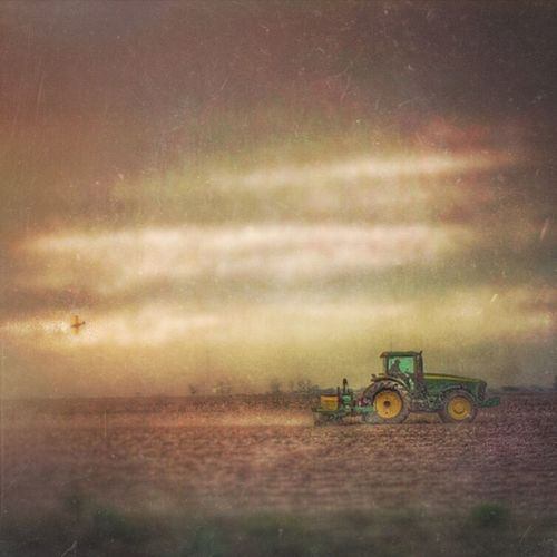 Gotta get it in the ground before the rain comes down to get paid to get the girl in your 4-wheel drive... http://youtu.be/JXAgv665J14 Agriculture Arkansas Agplane Ruralamerica Drive By Shooting Rural Life South Ladyphotographerofthemonth Rule Of Thirds