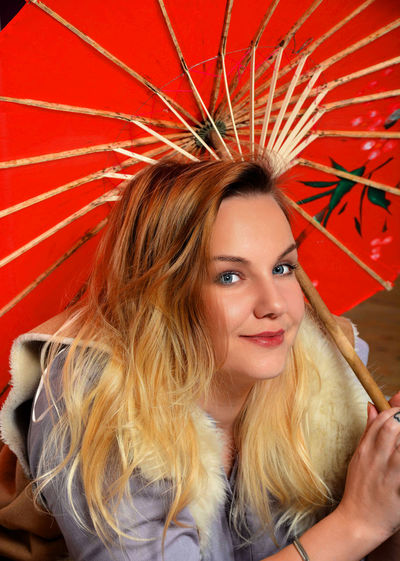 Red Umbrella Adult Adults Only Beautiful People Beautiful Woman Blond Hair Blond Hair And Blue Eyes Close-up Day Happiness Headshot Long Hair Looking At Camera One Person One Woman Only One Young Woman Only Only Women Oriental Umbrella Outdoors People Portrait Red Smiling Young Adult Young Women Breathing Space The Week On EyeEm