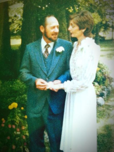 My Mom♥ My Daddy Wedding Day The 80's I'm The Luckiest Girl In The World